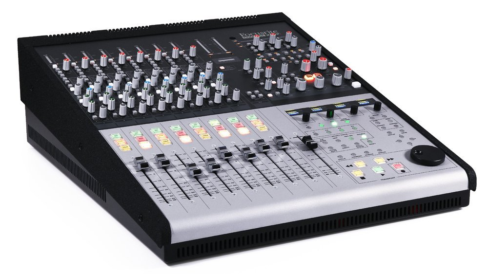 La Table De Mixage Focusrite Control2802 Hybride Analogiques Usb